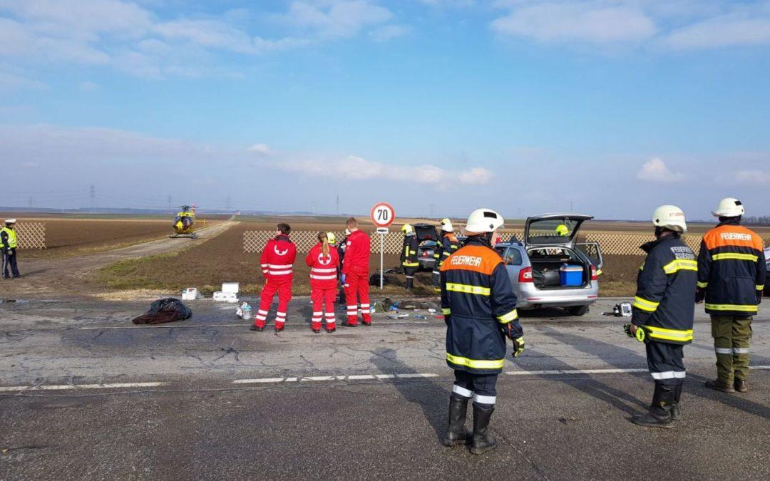 T1/18 Verkehrsunfall mit Person in Notlage B4